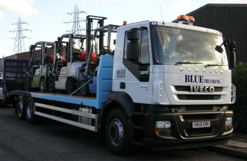 Bluewater Forklift Transporter loaded with 3 forklifts